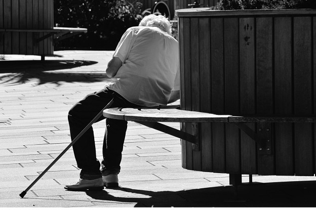 adult-bench-black-and-white-320442